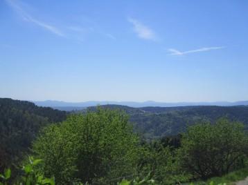 Vue panoramique sur les collines environnantes