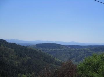 Vue panoramique sur les collines environnantes de la chambre 2