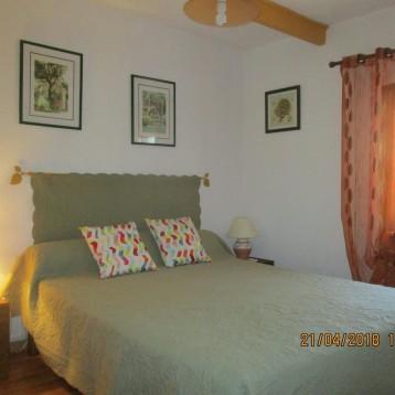 Chambre 1 (lit en 160x200cm)
